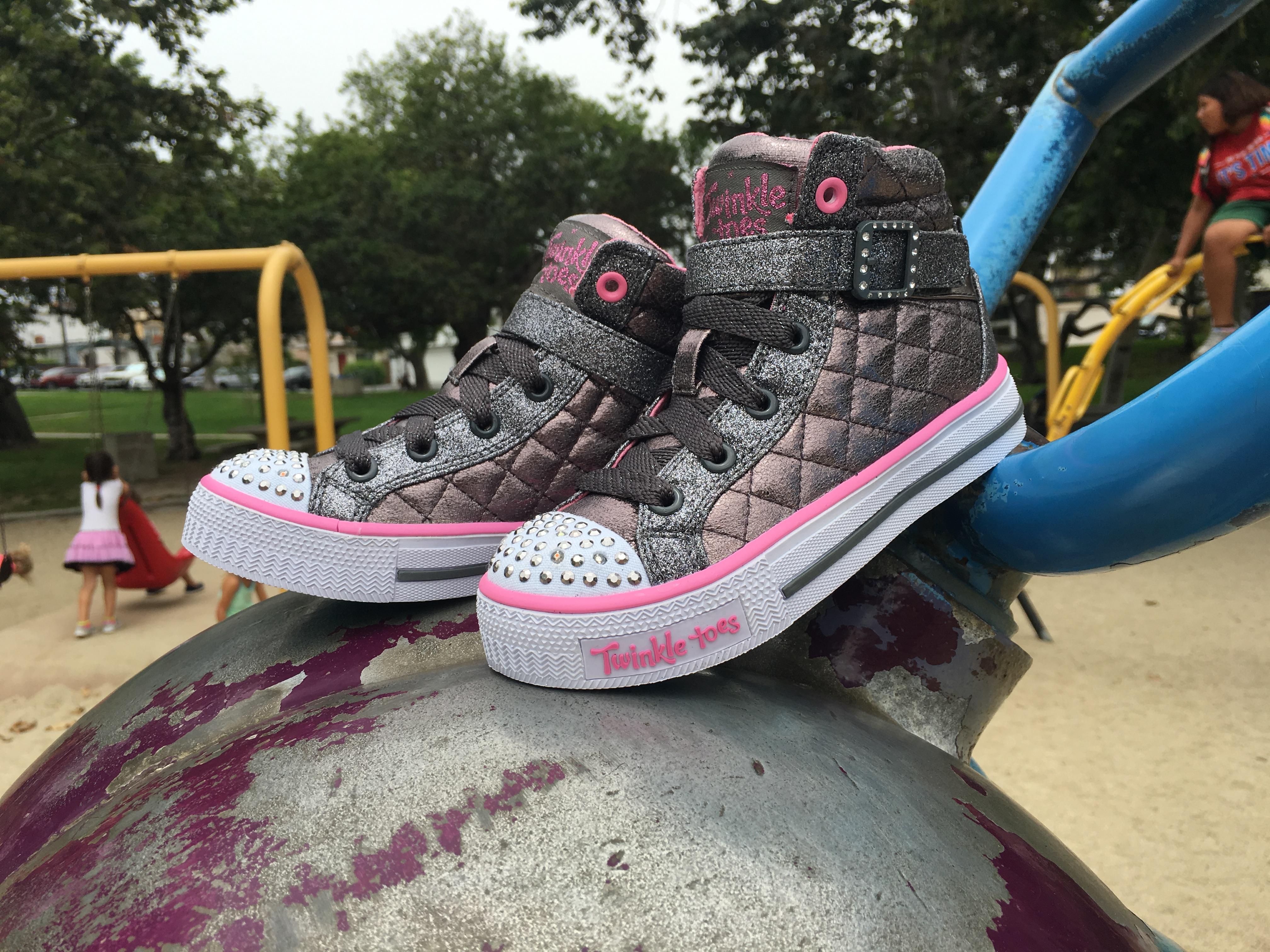 10643N Twinkle Toes Glamslam-Lil Lovelies Boots 26R Girls Toddlers Skechers